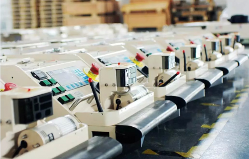 机器人来了!包装印刷行业如何选购工业机器人?